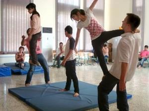 Kurdistan_arts_de_la_rue_atelier_acrobatie_2011