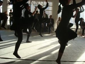 Kurdistan_danse_spectacle_Sulaimany_2010_Aude_Berlin_Leslie_Henfrey-Smith
