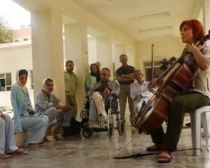 Kurdistan_musique_Lucie-Darm_hopital_2009